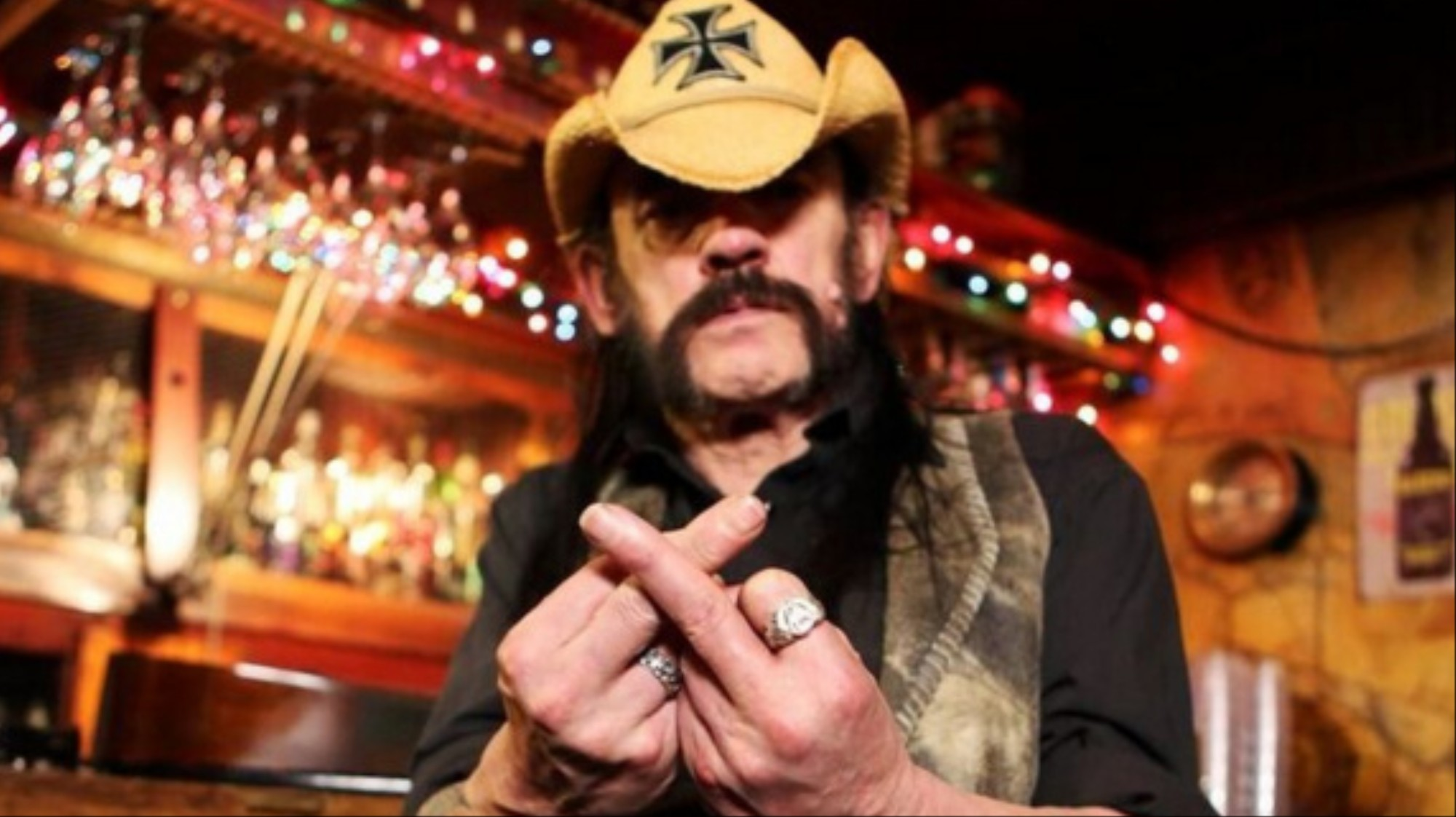 Rock'n'Roll Is Dead: One Last Toast to Lemmy Kilmister - VICE