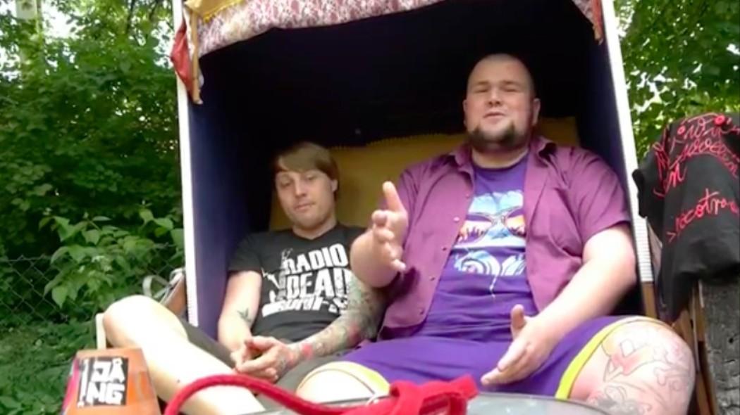 Wir Ihr Wisst Sind Begeisterte Anhnger Der Punkband Feine Sahne Fischfilet Das Punk Ist Dabei Wie Punkt Ohne T Auszusprechen