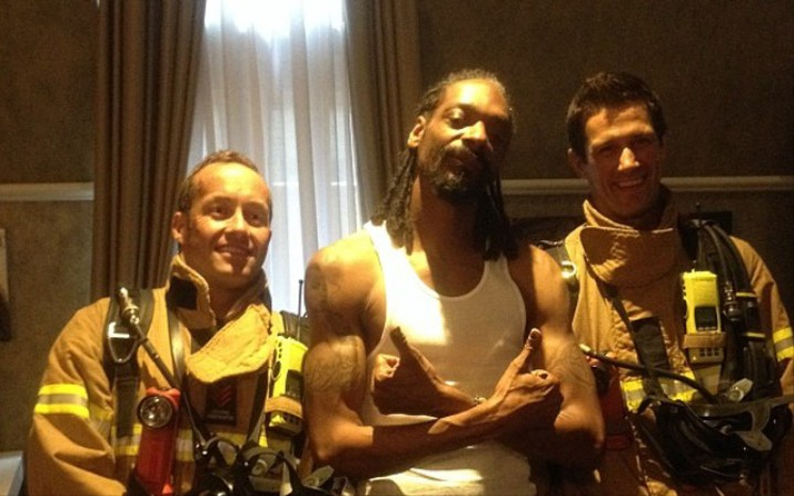 Snoop Dogg Smoked So Much Weed In Australia That the Fire Department Showed Up
