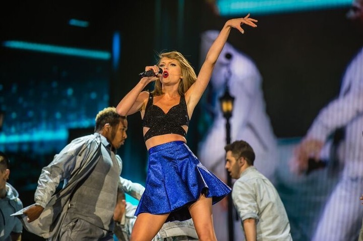 Taylor Swift's Rock in Rio Performance in Las Vegas Last Night was All Sparkle, No Substance