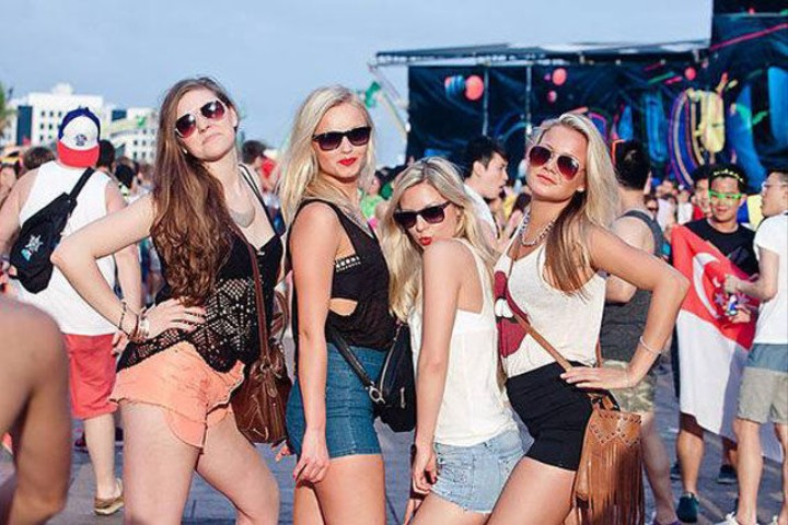 The Basic Bitches' Guide to Coachella 2014