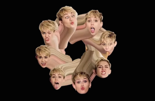 Miley shows tits in germany