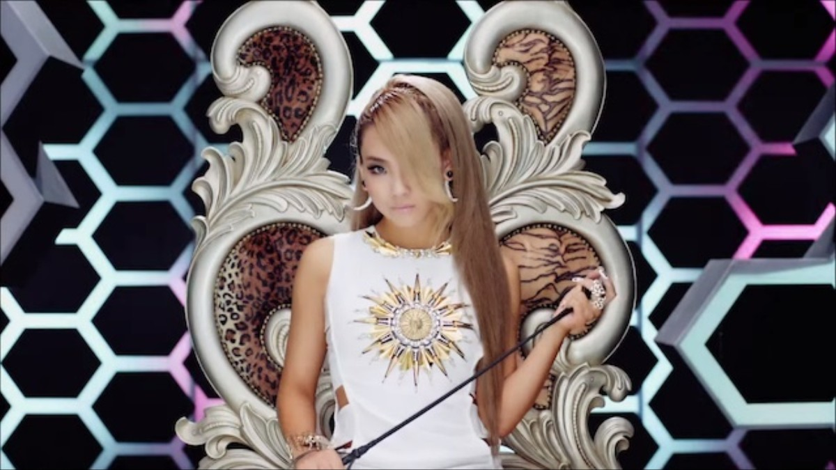 2Ne1 I Am The Best Single who is cl and why is she leading the vote for the time 100