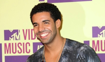 The ultimate guide to drakes hair noisey also known as the awards show fro drake generally lets his hair ride out when hes feeling untouchable its reserved for the victory laps and the urmus Image collections