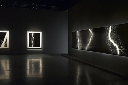 Hiroshi Sugimoto's Lightning Photography