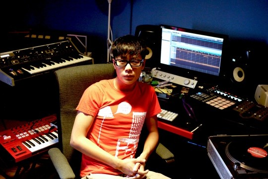 User Preferences: Tech Q&A With Electronic Music Producer Howie Lee