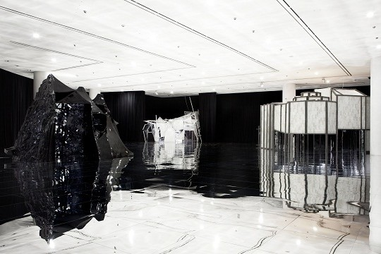 The Infinite Reflections Embedded In Lee Bul's Transformational Installations