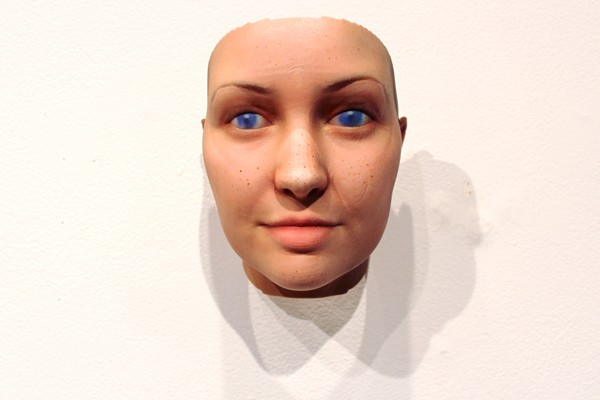 "Artist Collects And Analyzes DNA Samples To Create 3D Portraits In ""Stranger Visions"""