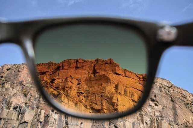 These Sunglasses Transform The World Around You Into A Photo Filter