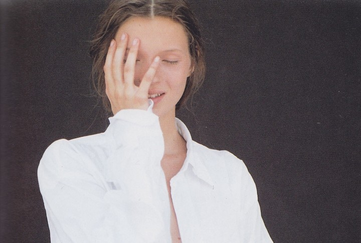 The Story Behind Kate Moss's Previously Unseen First-Ever Professional Shoot
