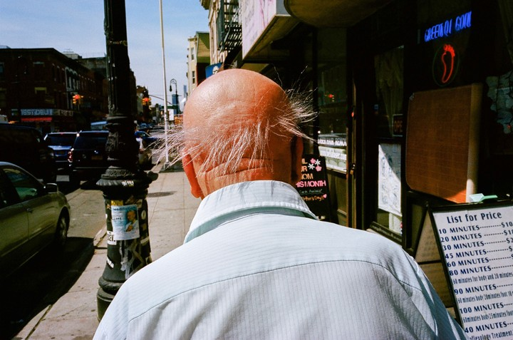 Daniel Arnold's Brilliant Street Photography Captures Everyday Life in Brooklyn