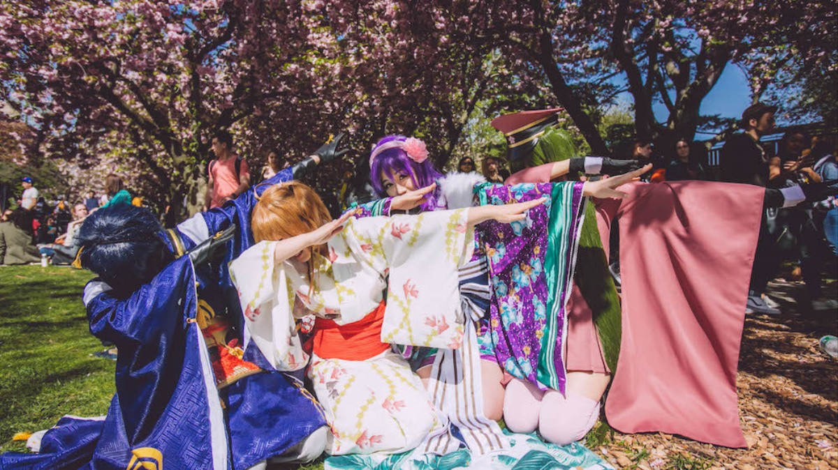 391eec062546 Photos of the Most Kawaii Costumes at a Cherry Blossom Festival - VICE