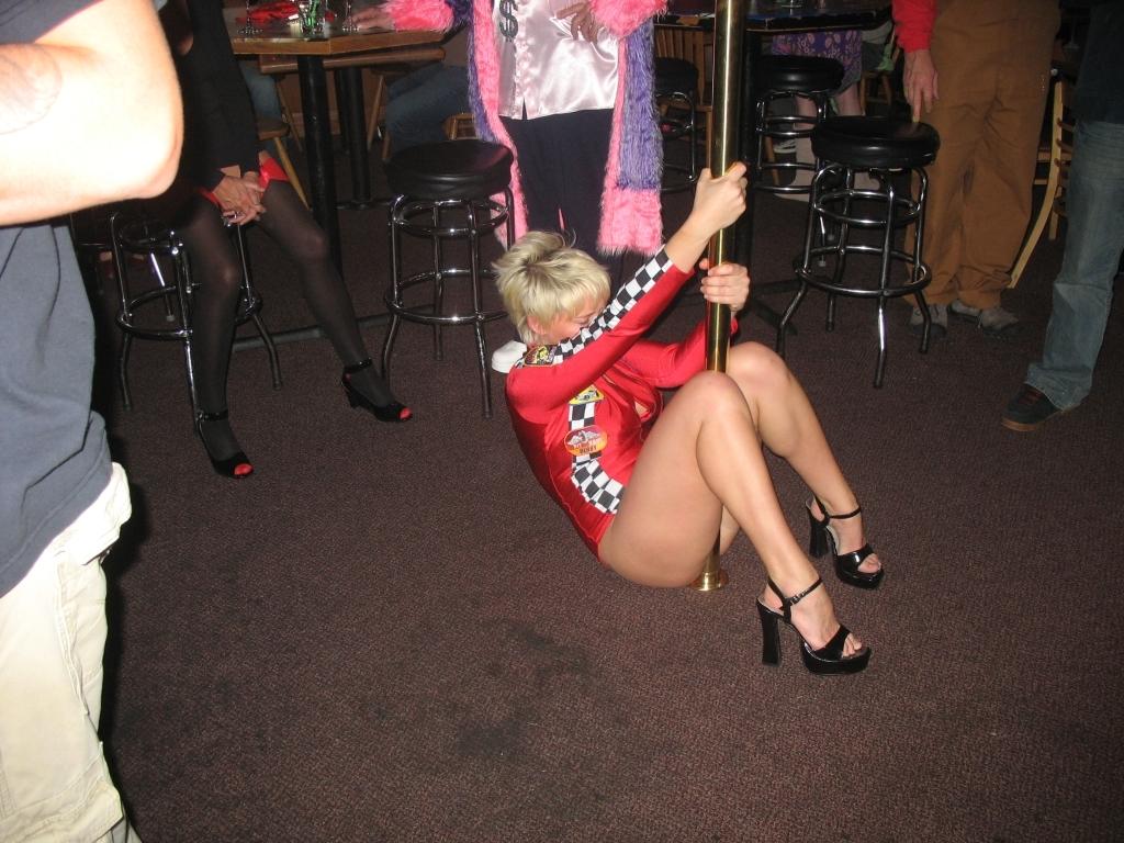 Hot women blackstripper fucking on stage