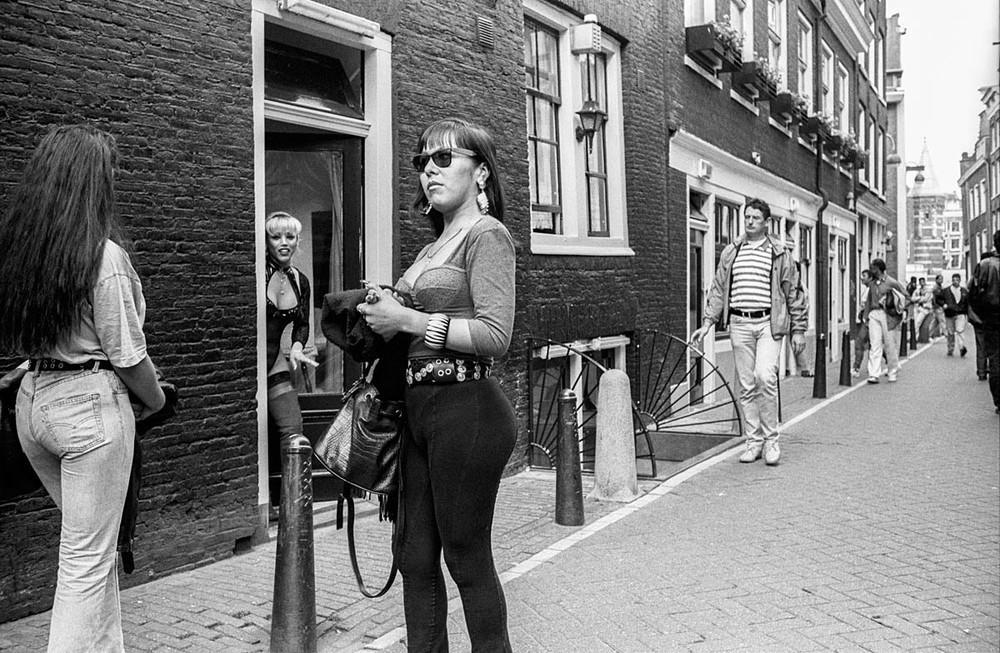 What amsterdams red light district looked like in the 1990s vice amsterdams red light district before the deluge of tourists to the area sciox Image collections